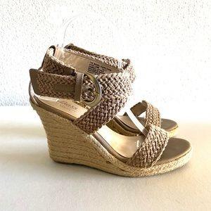 G.H Bass & Company harlowe wedge sandal size 7M